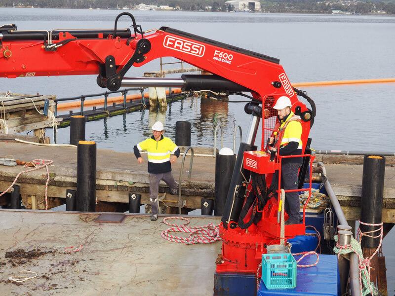 operate-deck-machinery-lifting-appliances-maritime-marine-training-australia-1