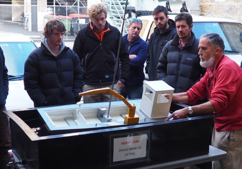 operate-deck-machinery-lifting-appliances-maritime-marine-training-australia-hobart